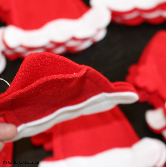 Santa-Hat-Advent_Opening