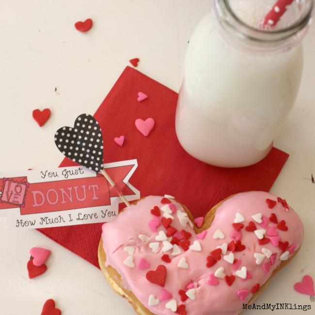 Toothpick-Valentine-Donut