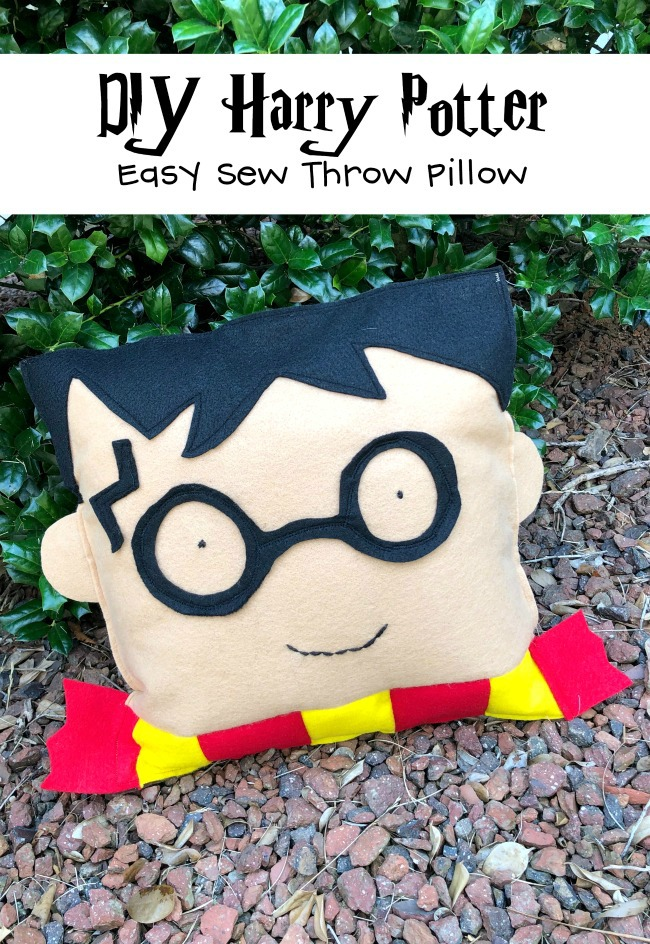 DIY Harry Potter Pillow Easy Sew Project