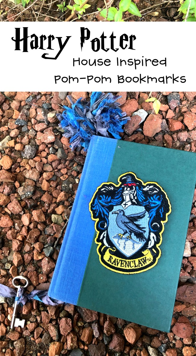 Harry Potter House Inspired Bookmark Ravfenclaw with Pom Poms