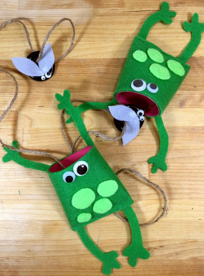 Felt Frog Craft Game